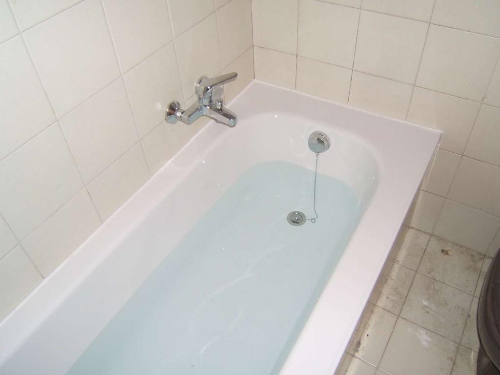 Cambiare colore alla vasca da bagno sovrapposizione - Cambiare vasca da bagno ...